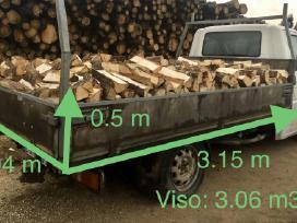 Sausos malkos, pjuvenų briketai, statybinė mediena
