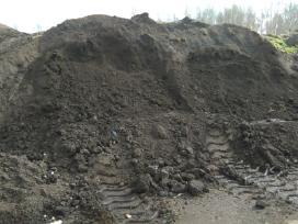 Juodžemis,skalda,smėlis,žvyras Įvairiais kiekiais