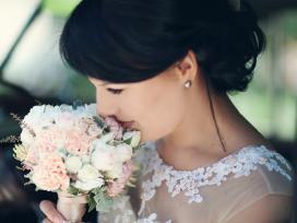 Vestuvinė kreminė suknelė
