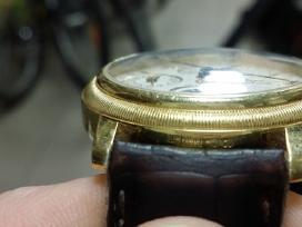 Auksinis Davosa Swiss vyriškas laikrodis