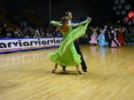 Sportinių šokių suknelės pigiai