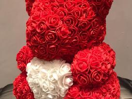 Meskiukas iš rožių 25 cm +dežutė