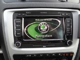 Navigaciniai žemėlapiai beveik visiems automobilia