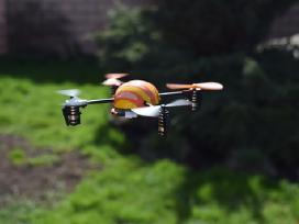 Micro Q4 kopteris - dronas Orlaivis. Lt