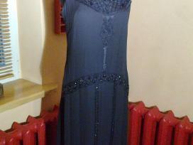 Žoržetinė juoda suknelė, siuvinėta karoliukais