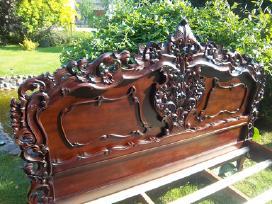 Nauja klasikinė drožinėta lova