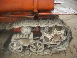 DT 75 dalimis (buves buldozeris)