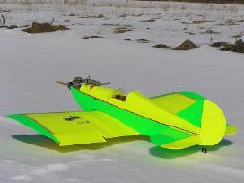 Parduodu: Rc valdomus lėktuvų modelius.