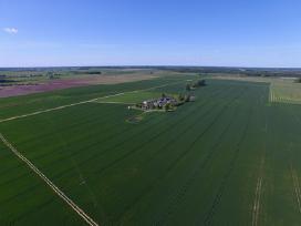 Parduodu-isnuomuju uki ir 1-100 hektaru zemes.