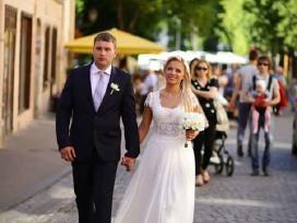 Viktorijos Jakucinskaites kurta vestuvinė suknelė