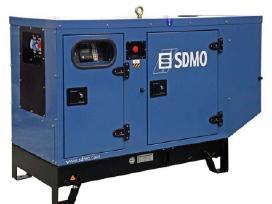 Superkame elektros generatorius, kompresorius