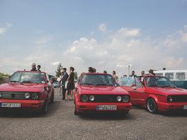 Netradiciniai Raudoni Kabrioletai!