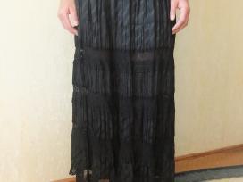 Puošnus juodas sijonas - nuotraukos Nr. 2