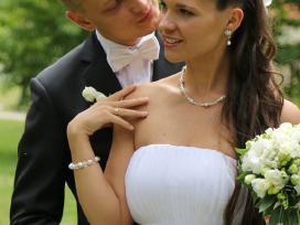 Labai grazi vestuvine suknele+dovana