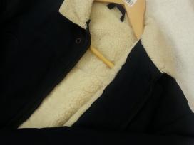 Parduodama šilta striukė berniukui