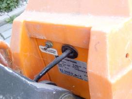 Parduodu grindu plovimo masina Nilfisk Ca340