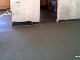Perimetras betonavimo metu išlyginamas
