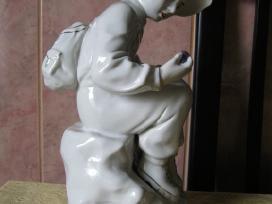 Porceliano Statulele - Is CCP .zr. foto.