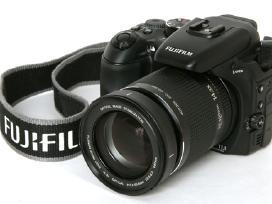 Canon sx120 ,canon sx210- 55e. Fuji s9600-110e.