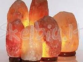 Himalaju kalnu druskos lempos ir žvakidės