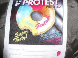 Protest beveik nauja ziemine striuke 164cm