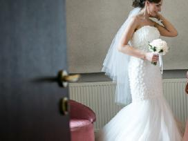 Išskirtinė suknelė laukia savo nuotakos