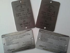 Metalo konst ,nerudijancio pl.durys ,polikarbonat