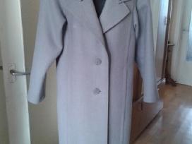 Pilkos spalvos paltas