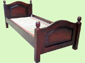 Medienos masyvo lovos