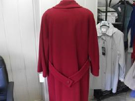 Didelių dydžių mot. paltai