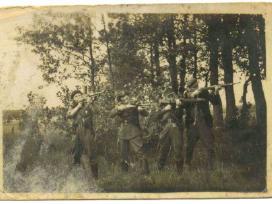 Perku Pokario Partizanų Nuotraukas, Leidinius