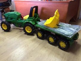 Minamas Traktorius John Deere