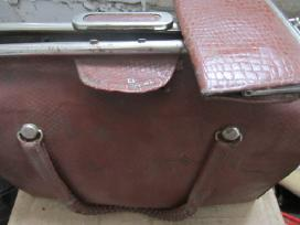 Rankine,pinigines,sk.masinele - nuotraukos Nr. 2