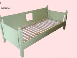 Medines lovos