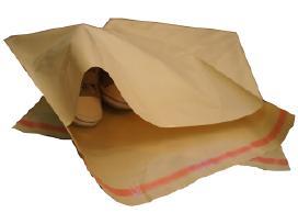 Plastikinės pakabos vaikiškiems rūbeliams
