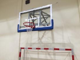 Rimtas krepšinio stovas prie namų - nuotraukos Nr. 4