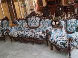 Karališkas minkštų baldų prabangus komplektas