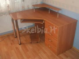 Nestandartiniai kompiuteriniai stalai