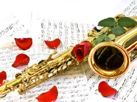 Saksofono muzika. Geliu pristatymas su muzika. - nuotraukos Nr. 9