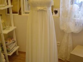 Parduodu vestuvinę suknelę.(tinka ir nėštukei)