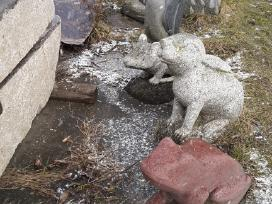 Parduodu akmenines skulpturas