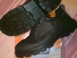Darbiniai batai