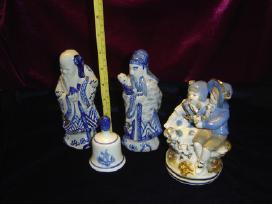 Parduodu porcelianines statulėles