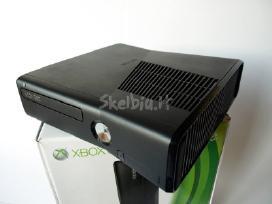 Su garantija xbox360 slim 4gb atrištas lt+3.0 live