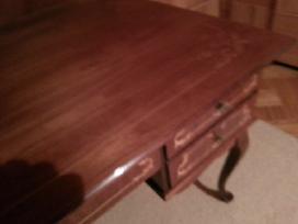 Inkrustuotas rašomas stalas, riešutmedis
