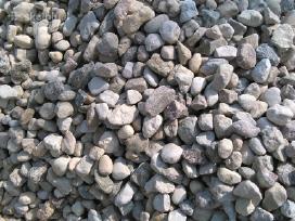 Kompostinis juodzemis, zvyras, smelis, skalda