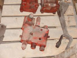 Traktorių dalys - nuotraukos Nr. 3