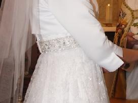 Parduodama klasikinė vestuvinė suknelė