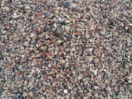 Karjeriniai akmenukai. Granitiniai akmenukai.