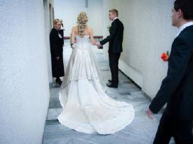 Parduodu iskirtinio grozio vestuvine suknele. - nuotraukos Nr. 4